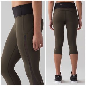 Lululemon Smooth Stride Mesh Crop Olive Leggings